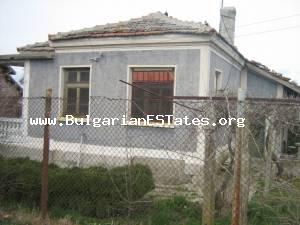 Rural house for sale situated at the adorable countryside of Burgas region - the village of Rusokastro.