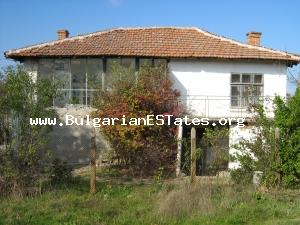 A cosy, single storey house with a fair-sized garden in the Yambol Region