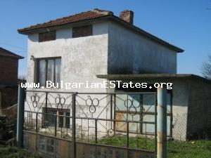 A lovely, well-preserved country house in the village of Yambol Region.