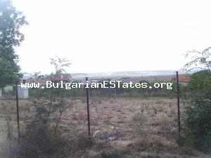Land for sale near the see with permit for building.