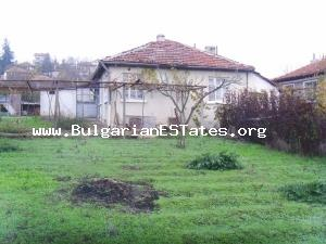 House for sale in the village of Yasna Polyana, only 12km. from the Bulgarian Black Sea Coast