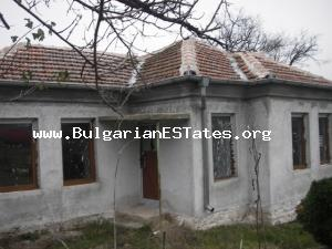 Renovated house for sale located at the village of Lesovo just 5 km away from the Turkish border.