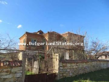 Very cheap two-storey house for sale is located at the village of Melnica, Bulgaria.