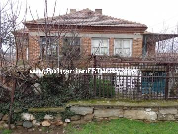 Two-storey house for sale is located at the enchanting village of Radovets, Bulgaria.