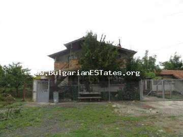 Advantageous bargain!!! Two-storey house for sale near Krastina – a village located 25 km from Bourgas and 8 km from the highway Sofia-Bourgas.