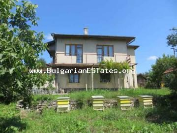 Rural house for sale in the village of Indzhe Voyvoda in the hard of the Strandzha Mounatin, 40 km from the city of Bourgas and the sea in Bulgaria.