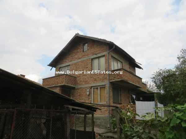 Advantageous offer! Cheap rural house is for sale in the village of Traianovo, only 30 km from the seaside city of Bourgas, Bulgaria.