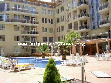 Huge two-bedroom apartment is for sale in the complex of Balkan Briz 1, in the famous sea resort of Sunny beach, Bulgaria.