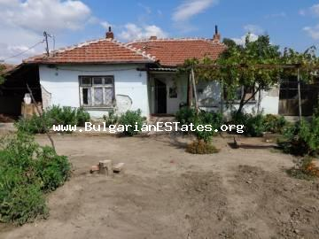 Cheap Bulgarian one-storey is for sale in the village of Yerusalimovo, Haskovo region.