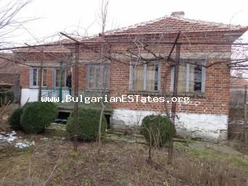 GREAT OFFER! Rural house is for sale located in the adorable Bulgarian village of Radovets, Haskovo region.