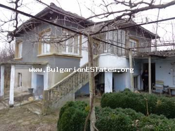 Bulgarian rural house is for sale in the village of Srem, Haskovo region, Bulgaria.