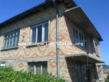 Three-storey massive house is for sale at the center of Marinka village, 4 km from the sea and 12 km from Bourgas.
