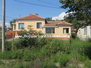 Renovated house for sale in Kableshkovo, only 7 km from the sea and 15 km from Bourgas.