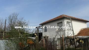 Cheap house in the village Voinika is for sale, just 68 km from Bourgas.