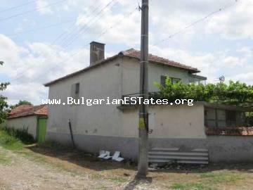 Unique offer - a large house in the village Voinika for sale on favorable terms, just 68 km from Bourgas.