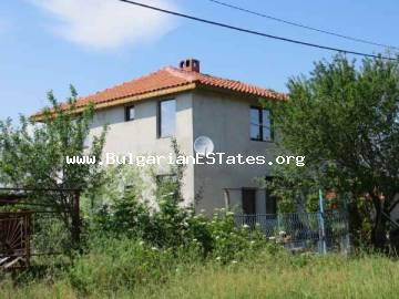 Advantageous tender! An inexpensive big new house in the village of Trastikovo is for sale, just 15 km from Bourgas and the sea.