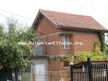 Two-storey house in the village of Dulevo is for sale, 27 km from the city of Bourgas.
