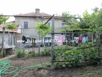 Property for sale in Marinka village, just 5 km from the sea and 15 km from the city of Bourgas at a very good price.