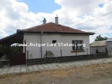 Renovated one-storey house in village Veselie, 14 km from the sea and Sozopol