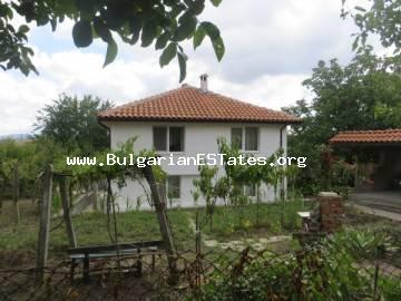 A large renovated house is offered for sale in the village of Izvor, only 13 km from Kraimorie, from the sea and 20 km from the city of Burgas.
