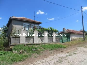 An affordable two-storey house in the village of Zornitsa is for sale, 50 km from the city of Burgas and the sea.