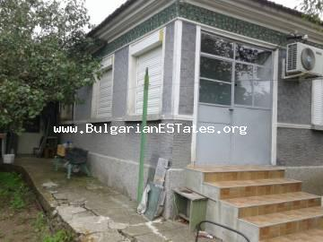 One-storey house is for sale in Rudnik, just 9 km from the sea and the city of Burgas