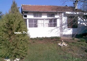 A house is for sale in the village of Zagortsi, 40 km from Burgas on the highway Burgas - Yambol.