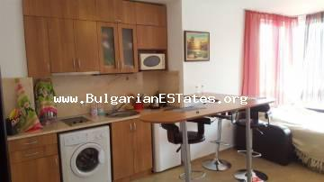 "One bedroom apartment in a small complex ""Coral"", just 150 meters from the sea and 200 meters from the center of Ravda."