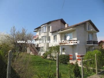 Recommended!!!! A large three-storey house in the village of Cherni Brah only in 10 km drive away from the city of Bourgas and 15 km from the sea.