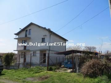 We are glad to offer for sale a large three-storey house in the village of Polski Izvor only 15 km from the city of Bourgas and the sea.