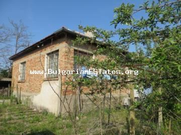 TOP OFFER! A solid house with a large yard is offered for sale at affordable price in the village of Trastikovo, 15 km from the city of Bourgas and the sea.