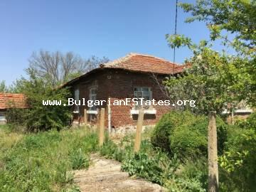 For sale is a house at affordable price with a large yard in the village of Rusokastro, just 25 km from Burgas and the sea.