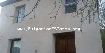 We are glad to offer for sale a partially renovated house in the village of Momina Tsarkva just 55 km from the city of Bourgas and the sea.