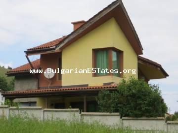 We offer for sale a large two-storey house in the village of Golyamo Bukovo in the mountains of Strandzha, 50 km from the city of Bourgas.