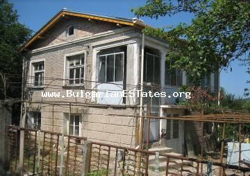 URGENT sale of a house in village of Rossen
