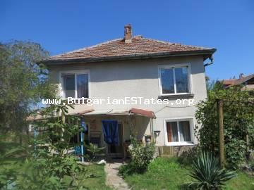 For sale is a fully furnished house with a plot of land in the center of Izvor village of the Burgas region.
