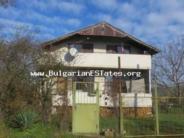 Two-storey house is offered for sale in the village of Drachevo, only 22 km away from the city of Bourgas and the sea.
