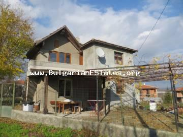 Two-storey house is offered for sale in the village of Alexandrovo, only 6 km from Sunny Beach resort and the sea.