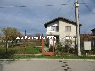Two-storey house for sale in the village of Orizare, just 14 km from Sunny Beach resort and the sea and 32 km from the city of Burgas.