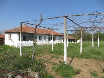 Exclusive deal!!! A very affordable house in the village of Mamarchevo, just 75 km from the city of Bourgas.