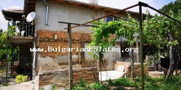 Two-storey house for sale in the village of Indzhe Voyvoda, only 20 km from the sea and 30 km from the city of Bourgas.