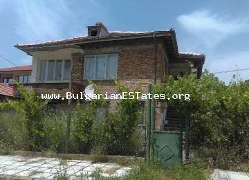 For sale is a large two-storey house in the mountains of Strandzha, 11 km from the town of Primorsko.