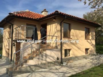We offer for sale a small and cozy house in the village of Leyarovo, Yambol region.