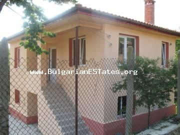 A new two-storey house is for sale in the village of Zidarovo 30 km from the centre of Bourgas and 20 km from the sea coast in Kraimorie.