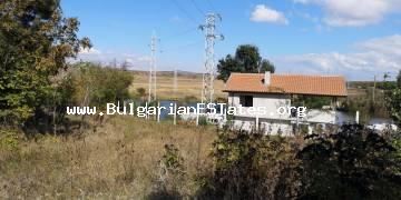 We offer for sale a one-storey house in the village of Konstantinovo 10 km from the city of Burgas and the sea.