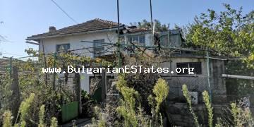 Affordable house is for sale in the village of Svetlina 35 km from the sea and the city of Burgas.