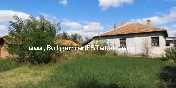 Affordably one-storey house is for sale in the village of Rusokastro, only 25 km from the city of Bourgas.