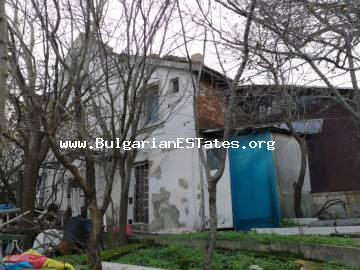 Massive house is for sale in the village of Izvor, just 13 km from the city of Burgas and the sea.
