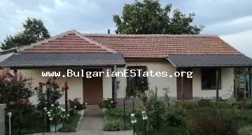 Buy a renovated single-storey house in the village of Mamarchevo, 75 km from the city of Bourgas and the sea.