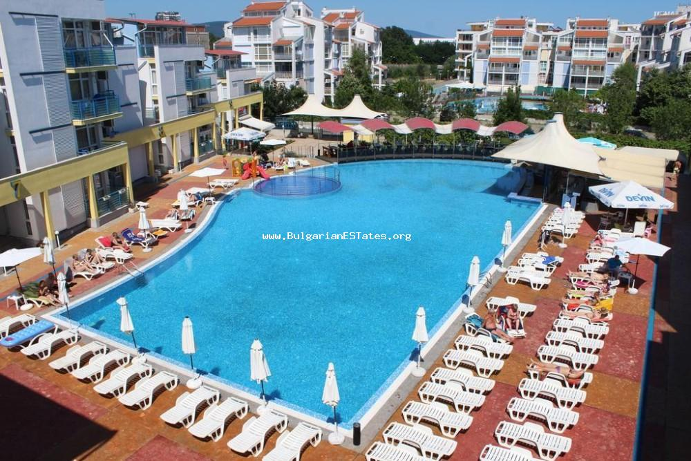 "For sale is offered a furnished one-bedroom apartment in the complex ""Elite 3"", Sunny Beach resort."